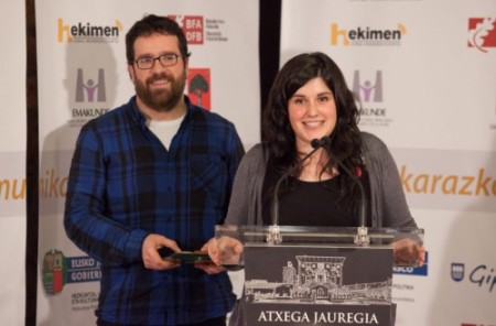 2015eko irratiko Argia saria jaso du Zebrabideak