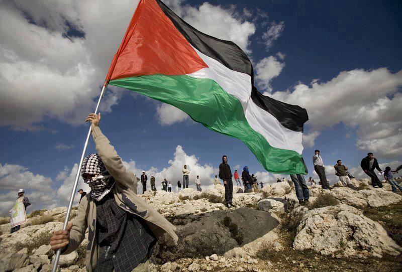 Preso politiko palestinarren egoeraz aritu gara Igarki de Roblesekin