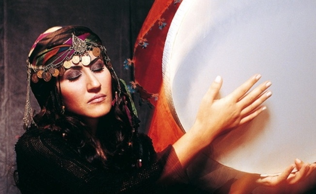 ERRO TA BERRI – Aynur, Grup Yorum, Ahmet Aslan, M. Ward, Basia Bulat, Andrew Bird…