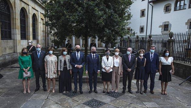LANAREN EKONOMIA: Eratu berri den gobernuaren erronkak aztergai