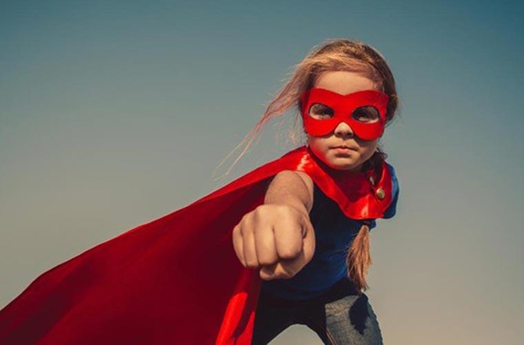 GAUR EZ DAGO ESKOLARIK: Badakizue gure artean superheroiak bizi direla?